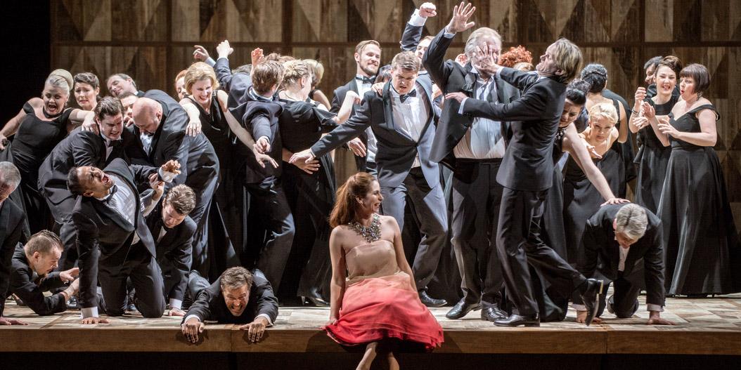 La Traviata – Den Norske Opera – Tatjana Gürbaca – Erik Berg